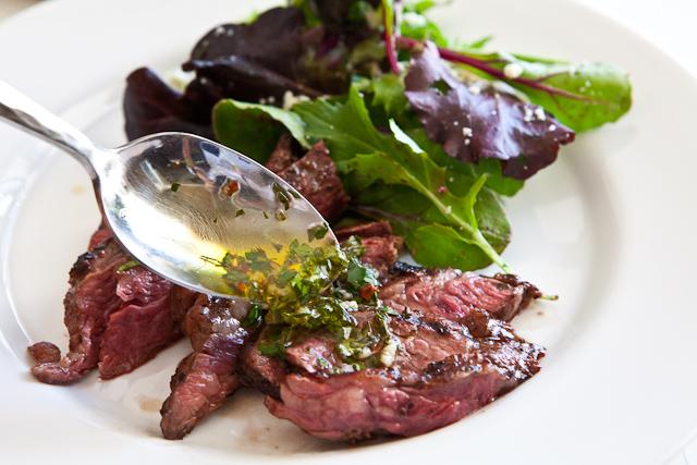 skirt-steak-chimichurri-sauce-recipe-8875
